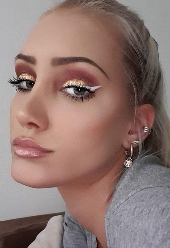 diy-eye-makeup-sparkling-magic-gold-glitter