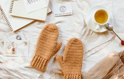 27-comfortable-and-free-crocheted-fingerless-glove-patterns-2019